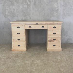 M45 Desk 1