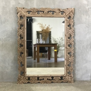 Colonial Mirror_1
