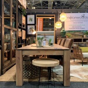Decorex Klue dining on stand (NXPowerLite)