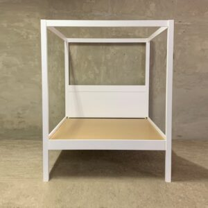 Four Poster Bed WHITE_1