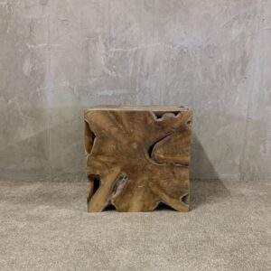 Alenka Side table_1 (Compressed)